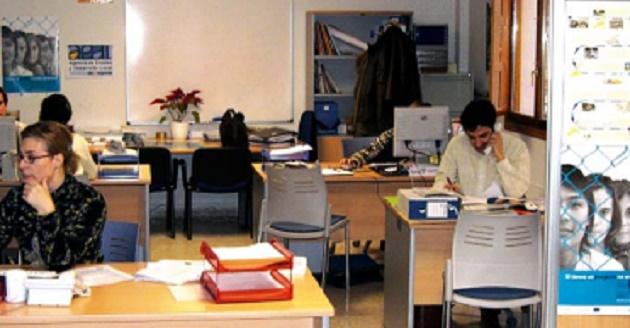 Unas 300 personas participan en los cursos de la for Oficina de empleo de segovia