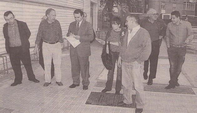 Arahuetes se reúne con los vecinos de El Palo y La Albuera