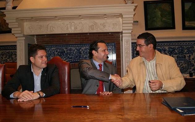 El Ayuntamiento prosigue su ronda de convenios con los clubes segovianos