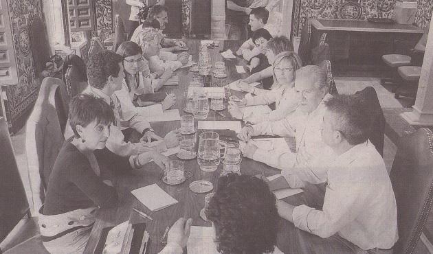 Primera reunión del nuevo equipo de Gobierno