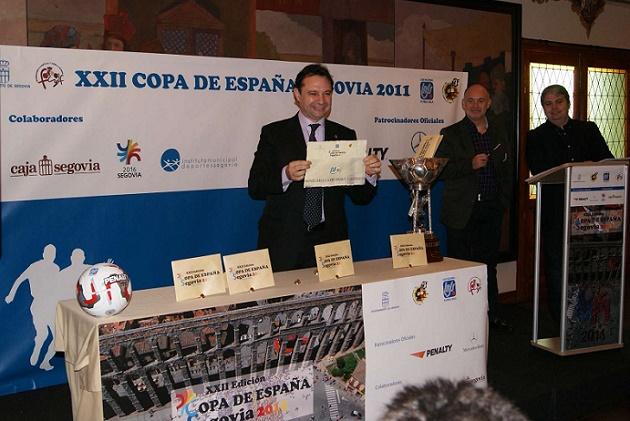 Pedro Arahuetes saca al Benicarló como contrincante del Caja en la copa de fútbol sala 2011