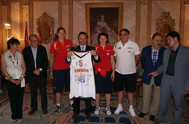 Recepción oficial a la Selección Española Femenina de Baloncesto